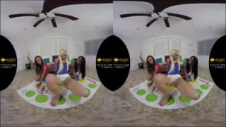 Three girls pussy eating in VR
