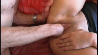 Young whore getting fucked and fisted