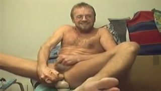 Two dildos in man-pussy for a very happy afternoon!
