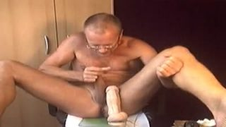 I am wanking, self sucking, man-pussy toying and cum eating!